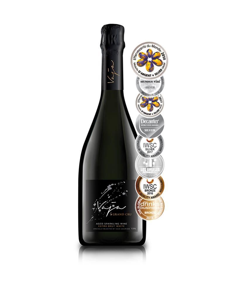 Серебряная медаль Vaja Grand Cru на Effervescents du Monde